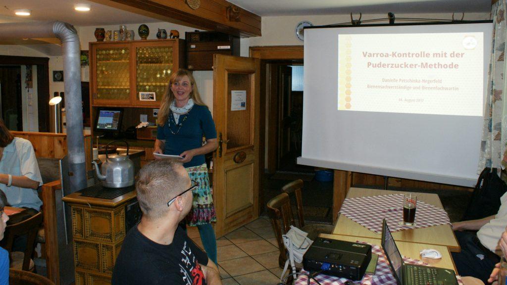 Vortrag: Varroa-Kontrolle mit der Puderzucker-Methode