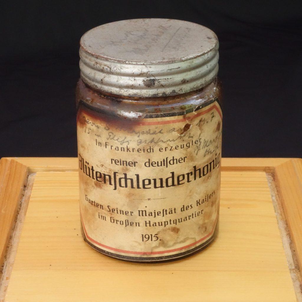 Historisches Honigglas 1915 - Foto © Thomas Petschinka